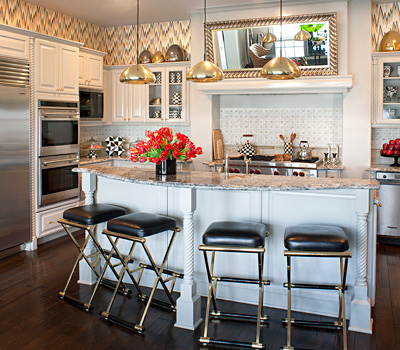 inside kourtney kardashian 39 s home show tell. Black Bedroom Furniture Sets. Home Design Ideas